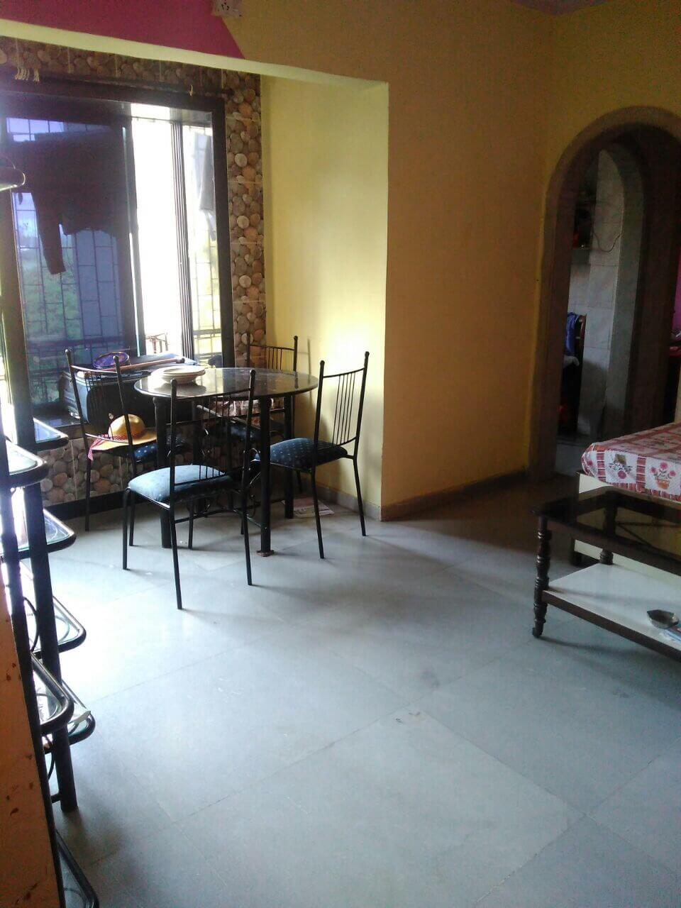 1 BHK flat avilable for rent in a peaceful locality for families and executives