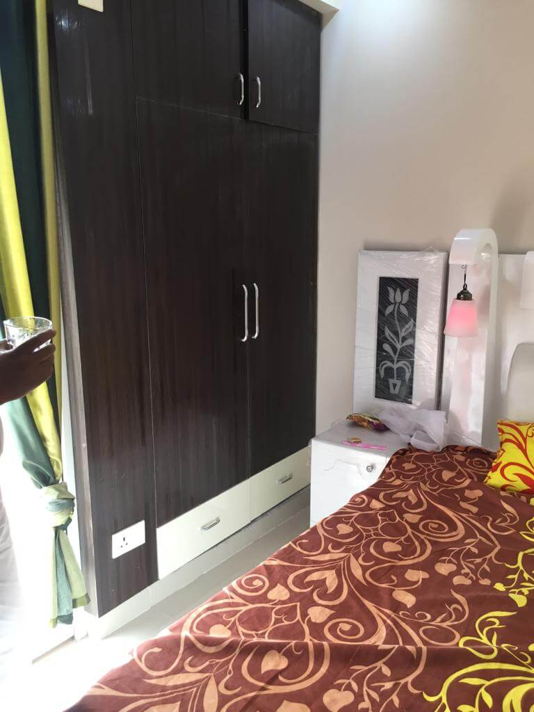 3 BHK fully furnished flat for rent in noida extention for only 16k PM only