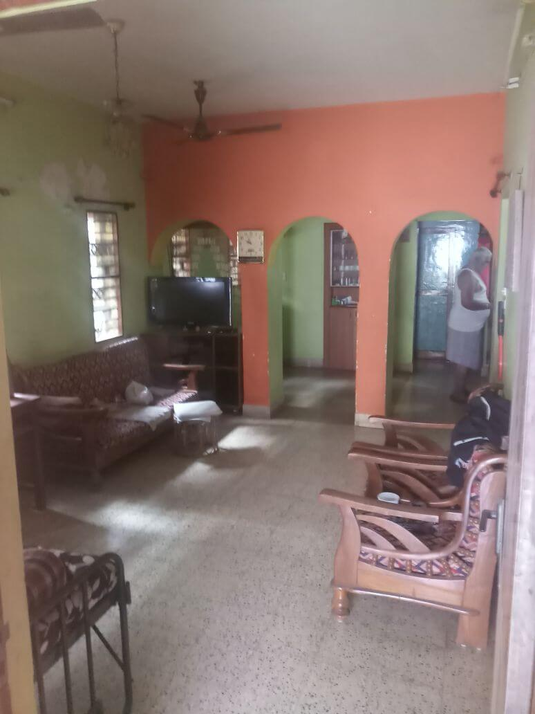 2BHK house for rent near mallewaram metro station contact immediately