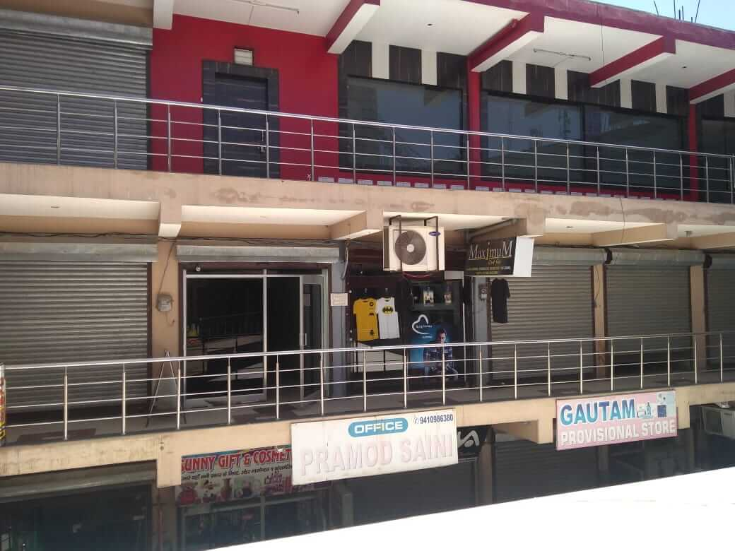 Shop for rent on First Floor on NH 334 at Malakpur chowk. Above Pizza Hut.
