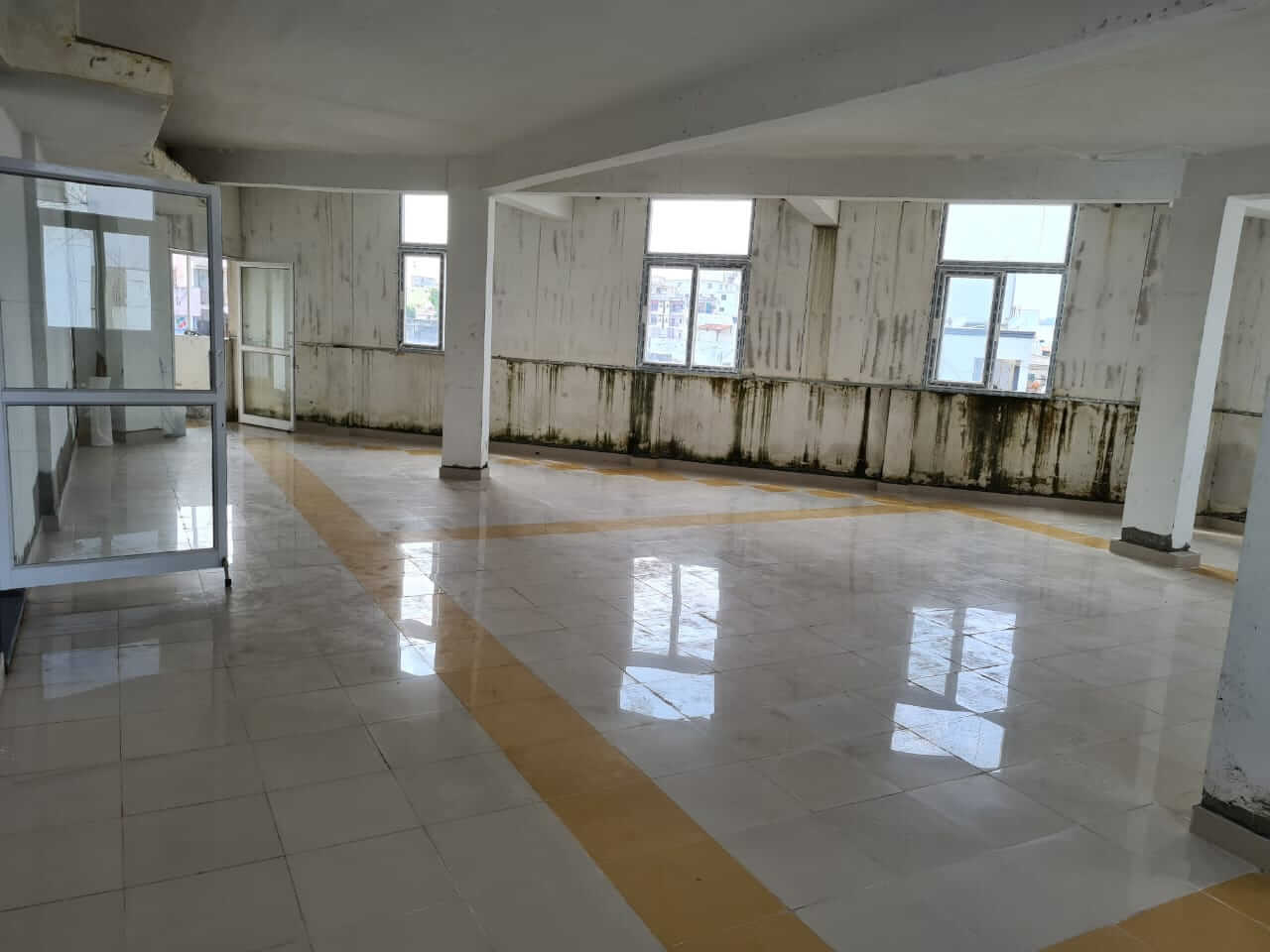 Office Space for Rent 1400 Sq. Feet at Hyderabad