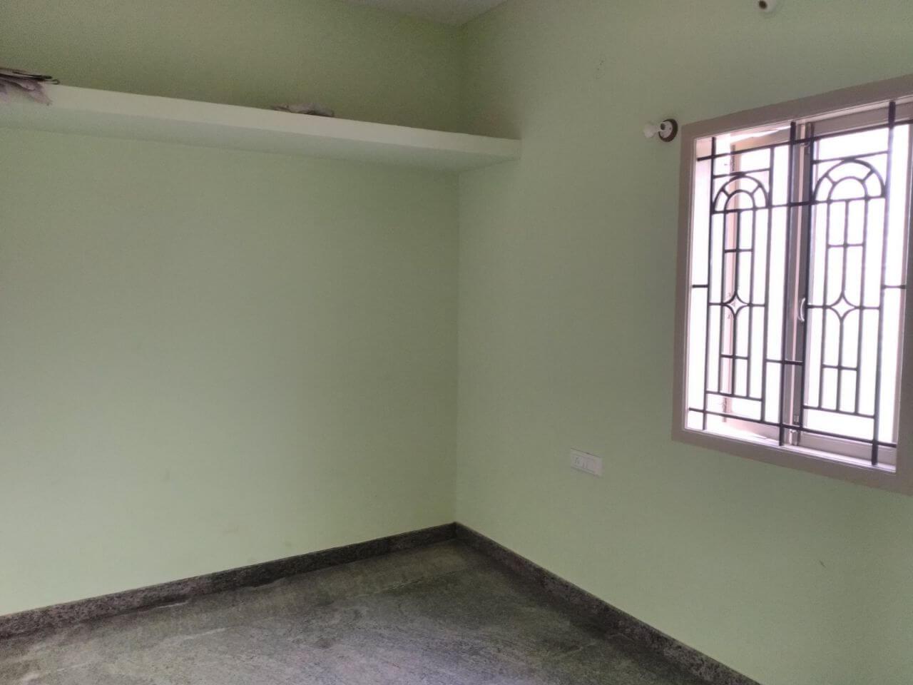 1 BHK individual house is available for lease at Kodigehalli Gollarahatti