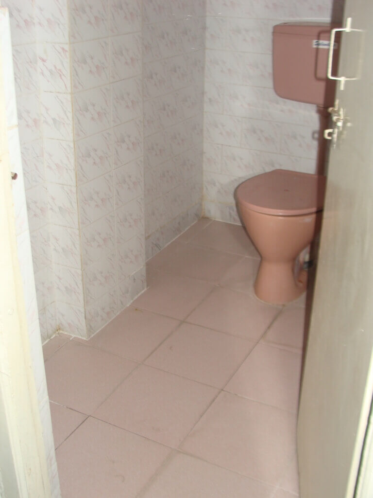 Immediate sale of 2 Bedroom Apartment at Safilguda
