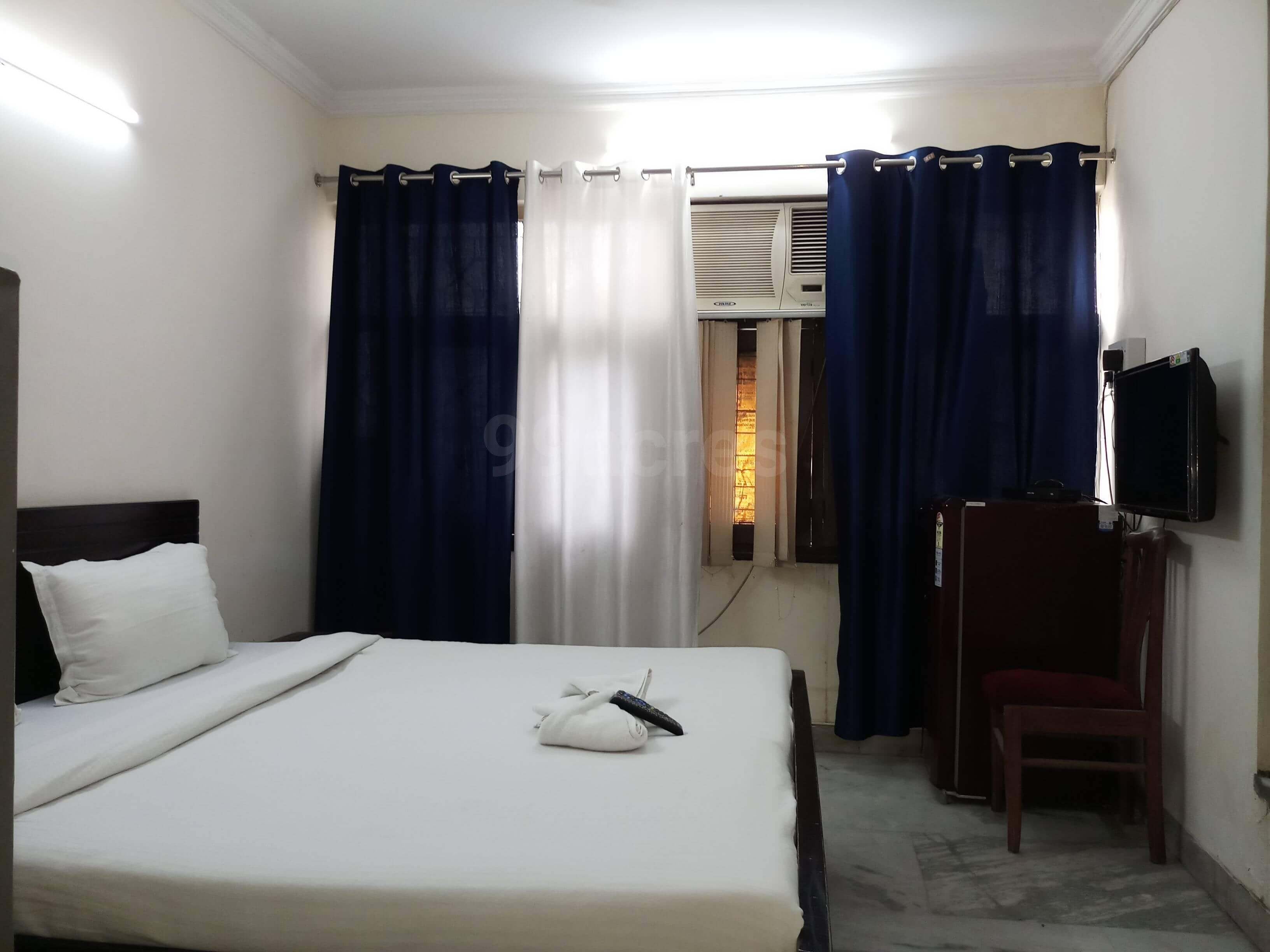 RK Studio Apartment in Greater Kailash - II, New Delhi - 110048