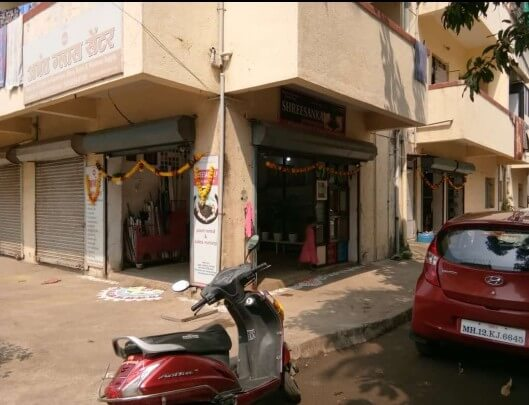 Shop fr rent in talwade besides sbi,axis atm & appu auto mobile shop no 5 ghat no 165/166 SQFT297