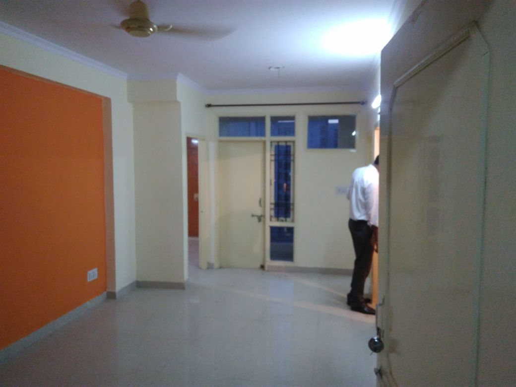 Loan able housing board Property for sale 2 BHK flat Pratap apartment, Jaipur