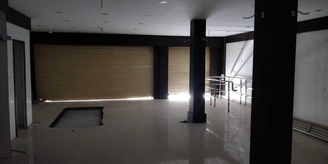 Showroom for Rent 1600 Sq. Feet at Hyderabad, Narsingi