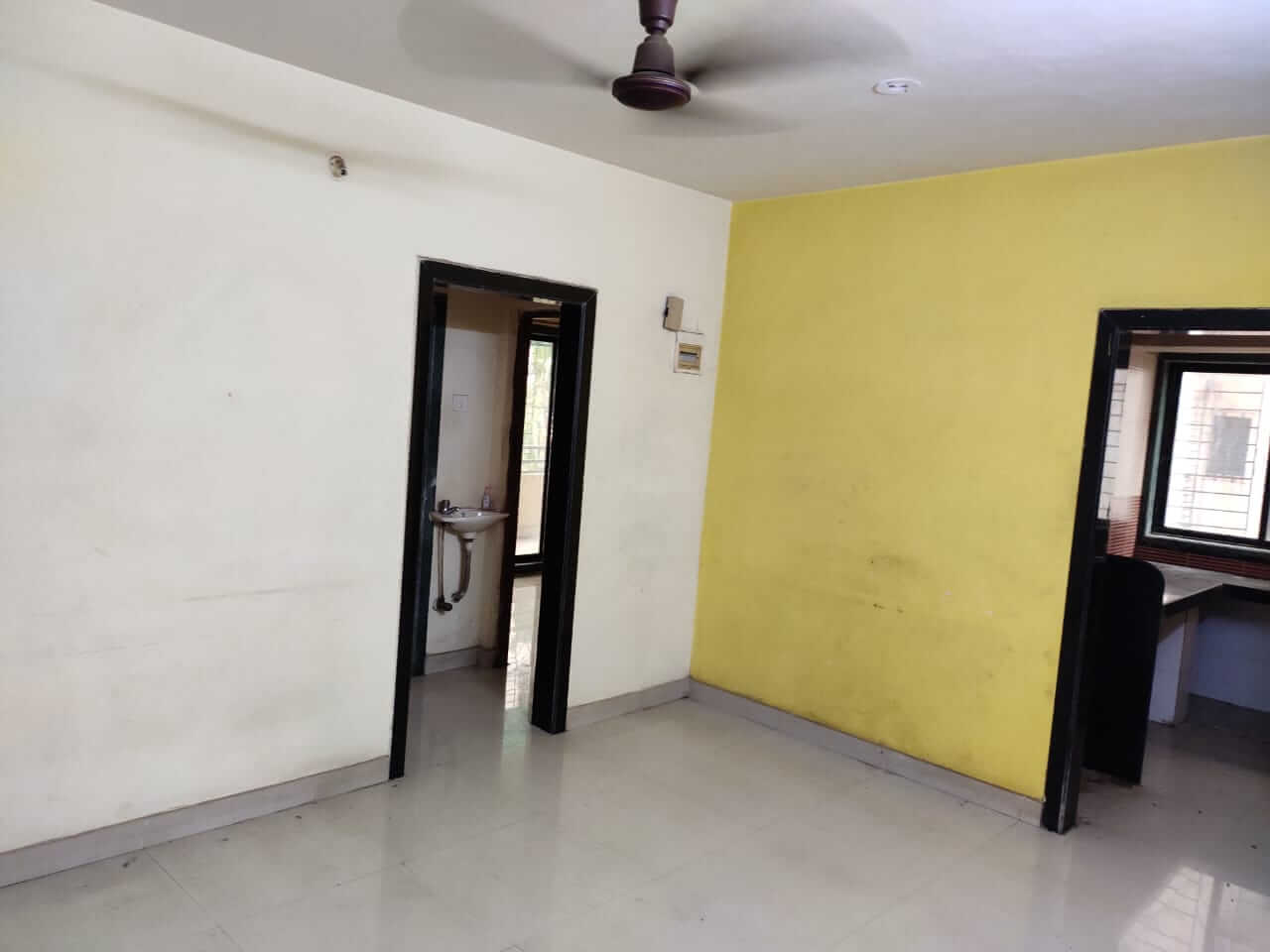 2 BHK Apartment / Flat for Rent 1000 Sq. Feet at Mumbai, Navi Mumbai