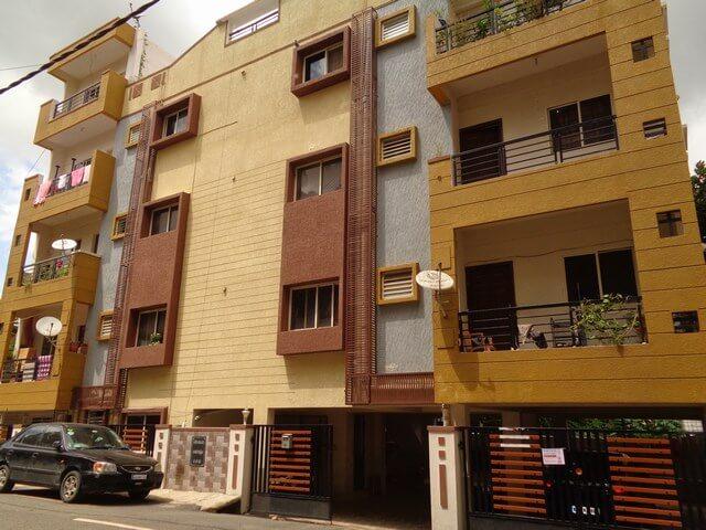 Apartment Complex for Sale:   1. 2450 square feet 35x70 land (sole proprietorshi
