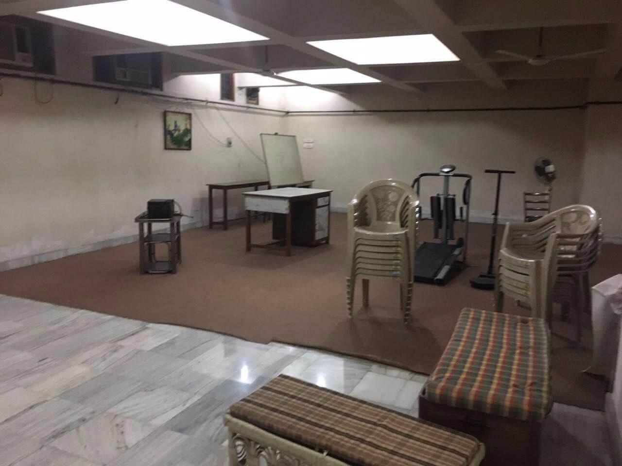 modern basement property for office space in betiahata gorakhpur