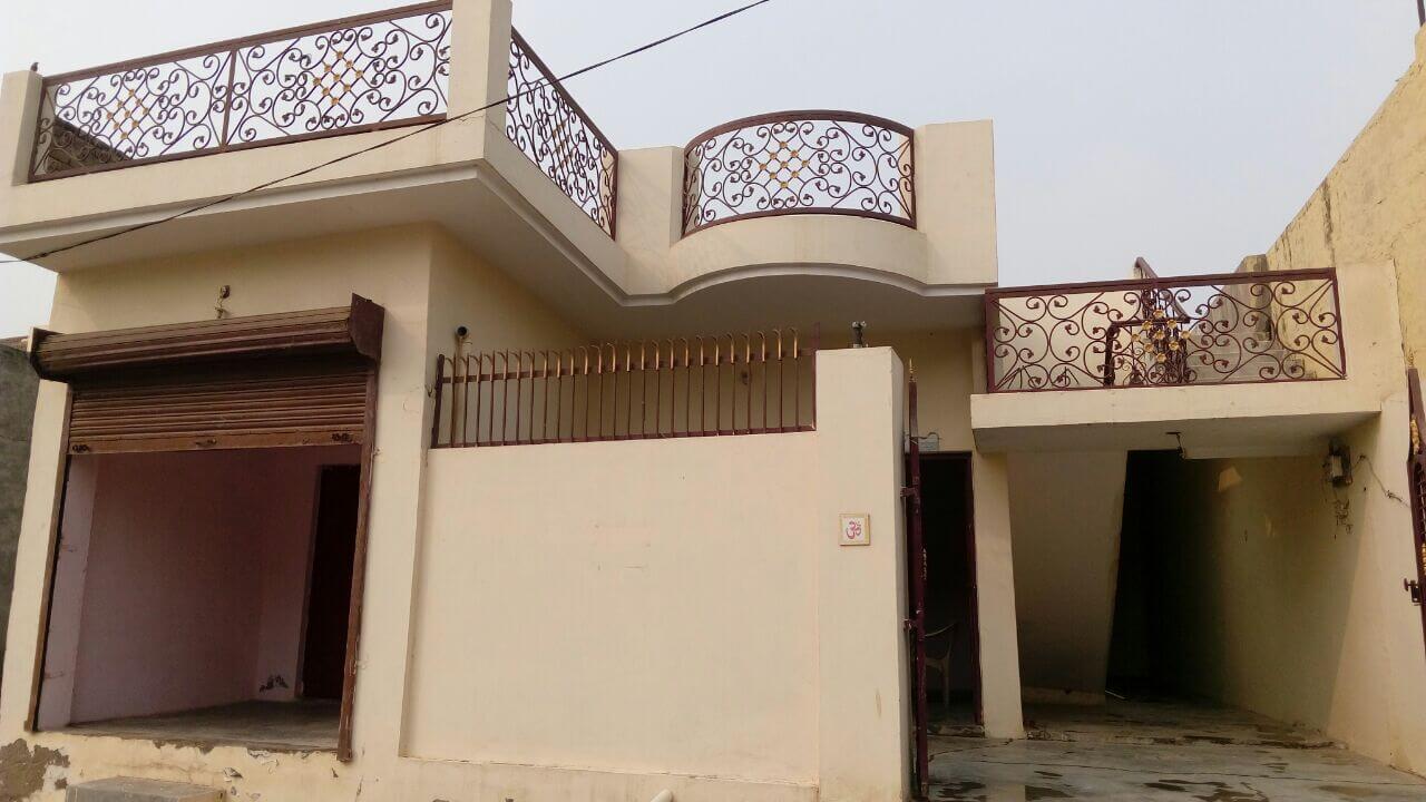 Sale Residental house built up in 200 Gaj in Govind Nagar Mathura ( Near Krishan Janum Bhumi Mandir)