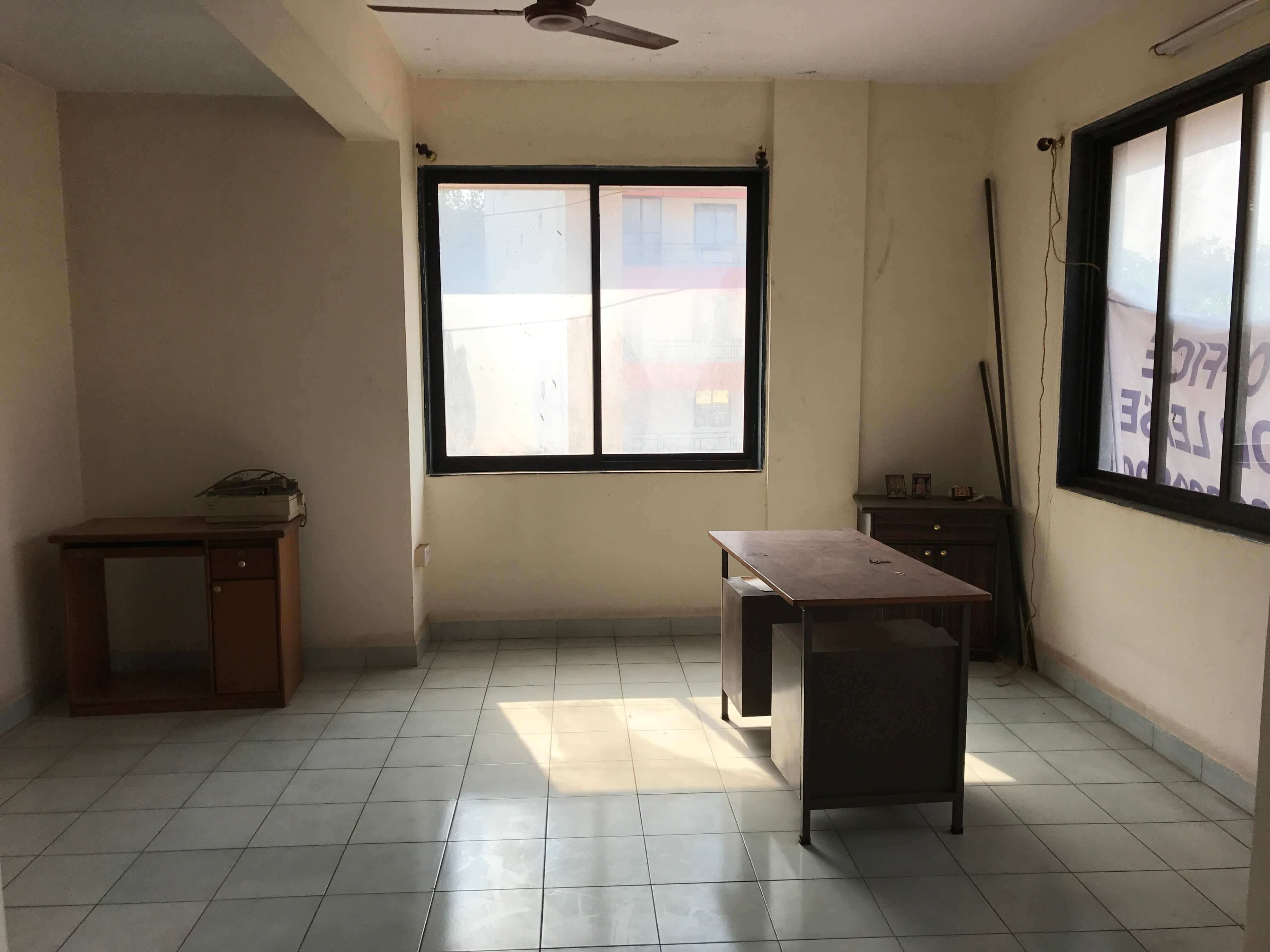 Unfurnished Office space for rent on 1st floor near Mapusa, court, Goa