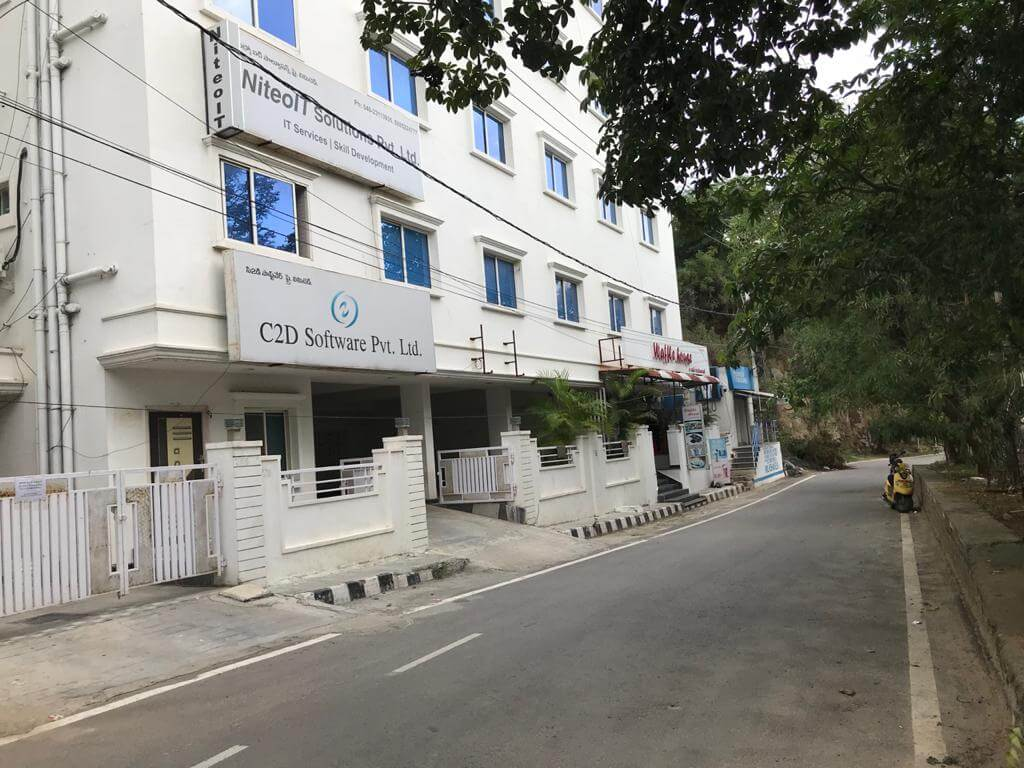 Office Space for Rent 2200 Sq. Feet at Hyderabad