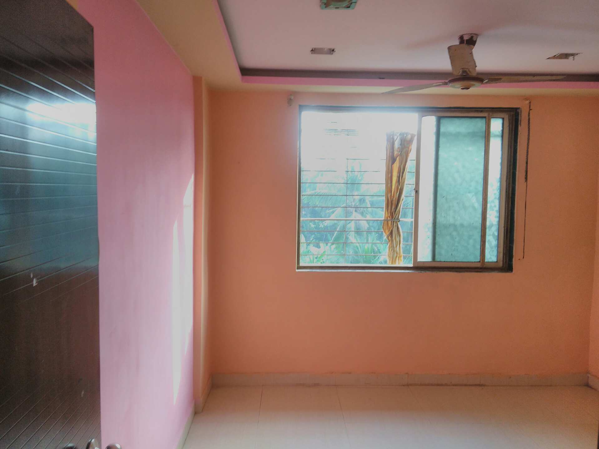 700 Sq Ft Appartment Semi Furnished, Green Natural Views, 1 BHK