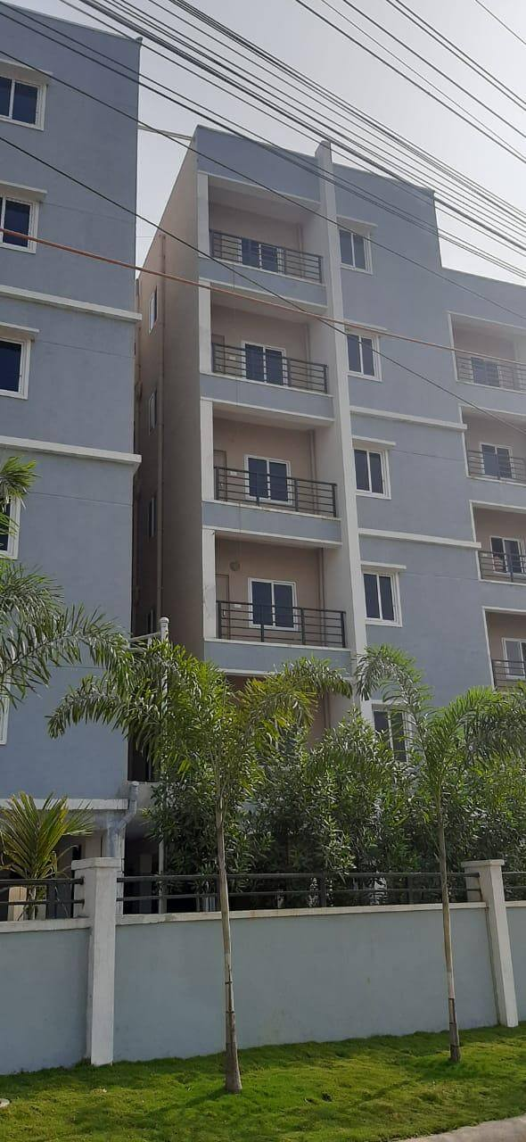 Flats are ready to move at Bachupally 2&3 BHK Well-designed Residential flats with 100% Vastu Compliance